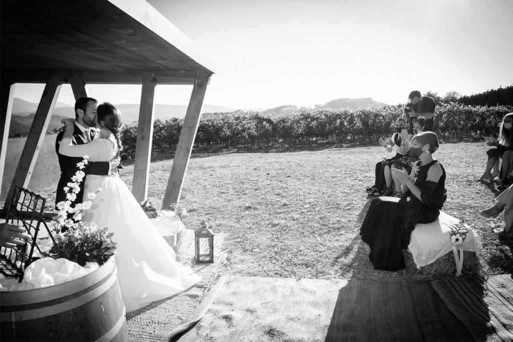 Boda-Ceremonia-Beso