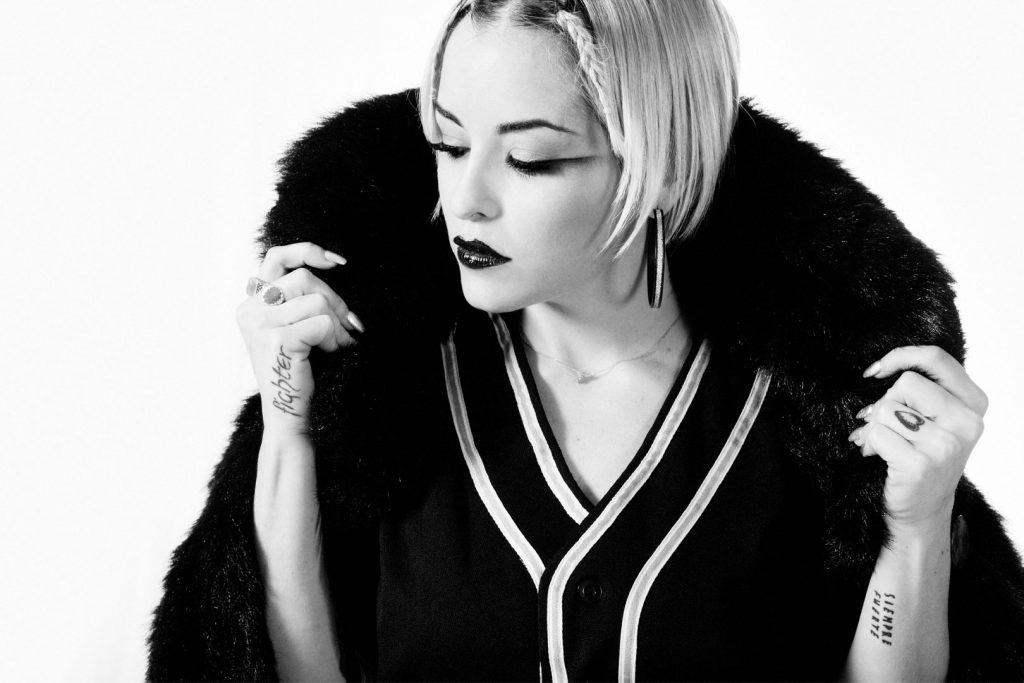 Foto-de-moda-cantante-la-voz