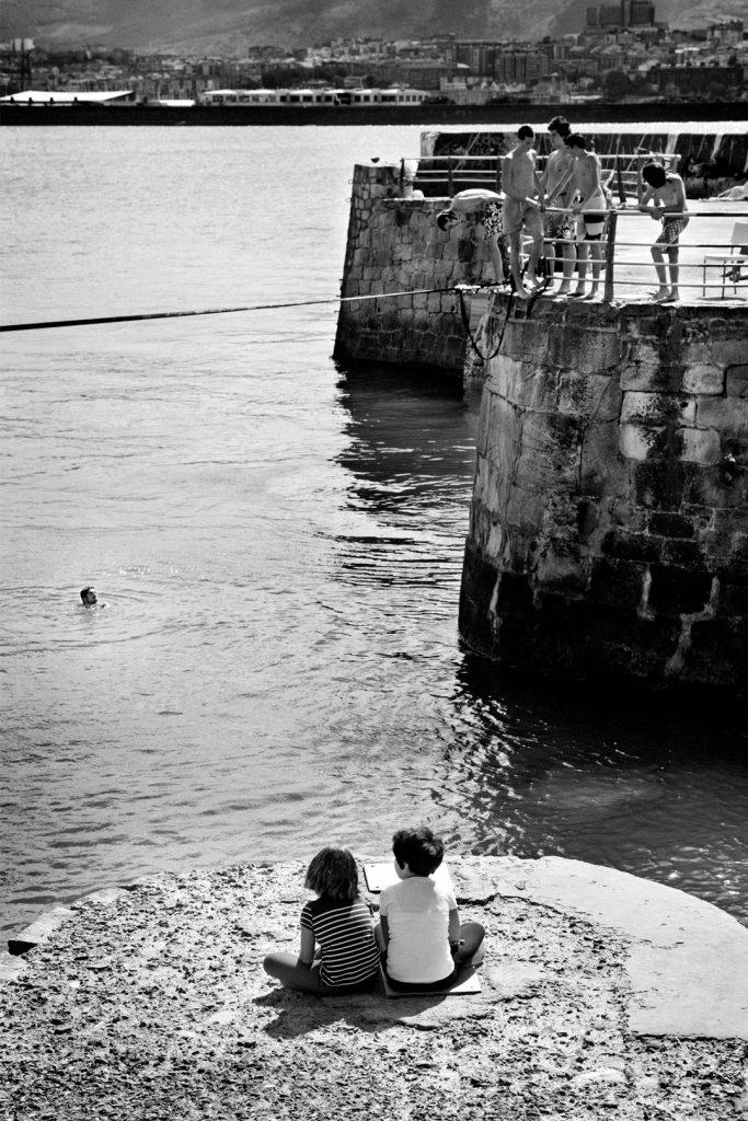 Peques-puerto-viejo-algorta